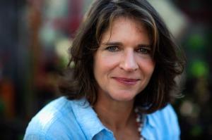 Susan M Wyler